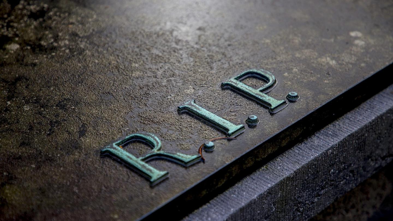 grave-2036220_1280