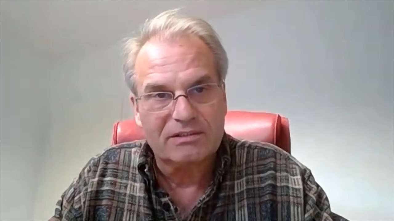 Раинер Фуелмих - Цензура затоа што Гугл е вклучен во АстраЗенека