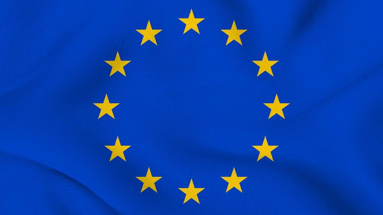 Лекари и адвокати го тужат одобрението од ЕУ за Фајзер вакцината кај децата
