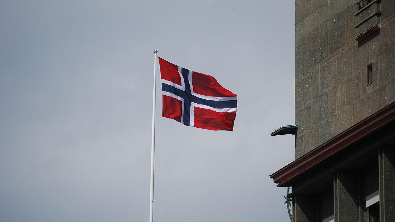 Норвешка сега се олабавува пандемијата заврши