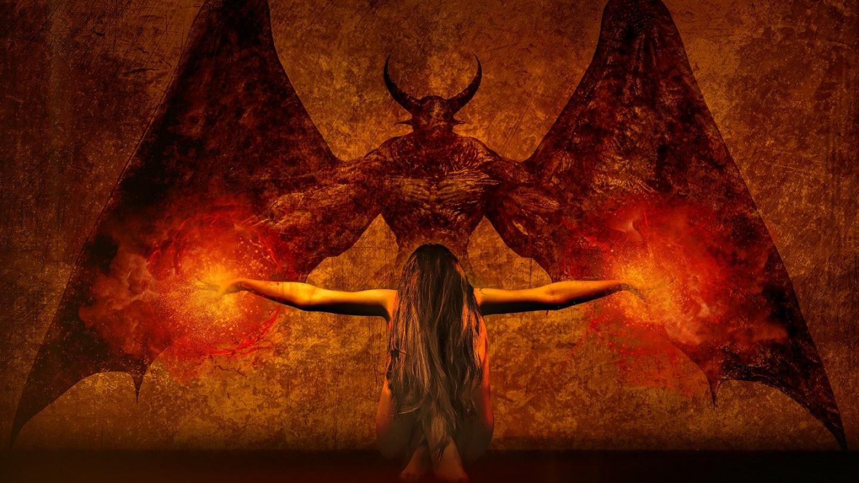 Стојиме на прагот на сатанскиот свет!