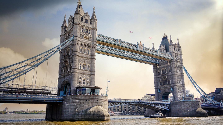 tower-bridge-5727975_1280