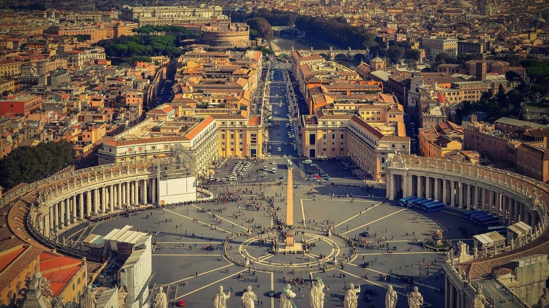 Папата повикува на нов светски поредок