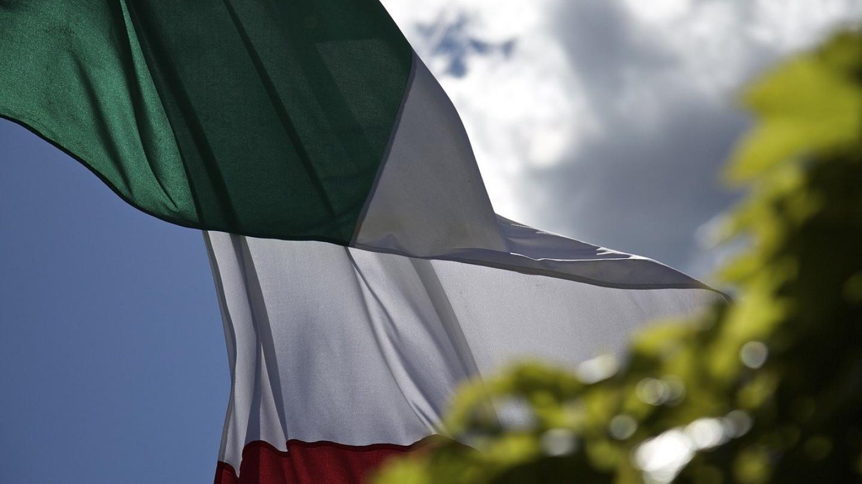 flag-2487552_1280