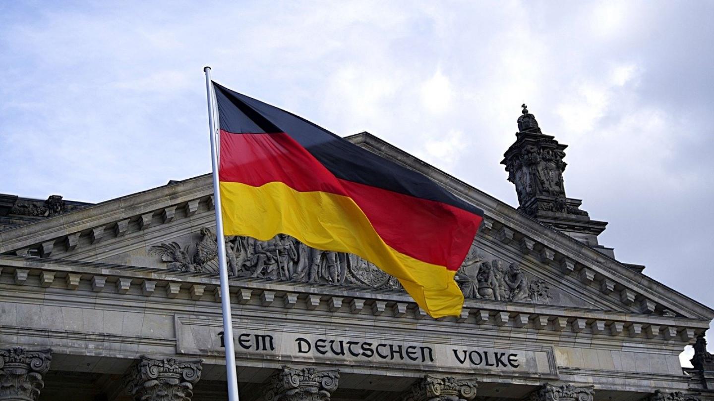 Во Германија забранета националната химна во јавноста
