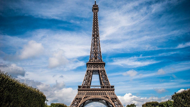 Париз - Поставени диви тераси - Пасош за вакцинација