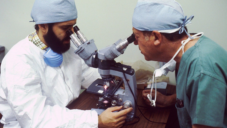 Истражувачки групи пронајдоа остри метални предмети во вакцината