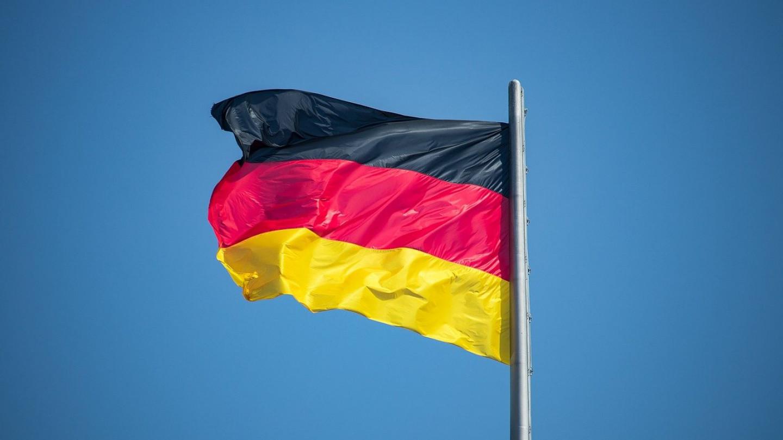 Група лекари од Германија зеле крв од луѓе кои биле вакцинирани