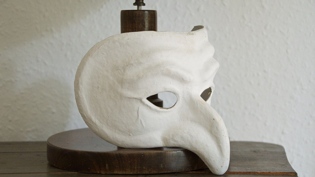 mask-1634826_1280