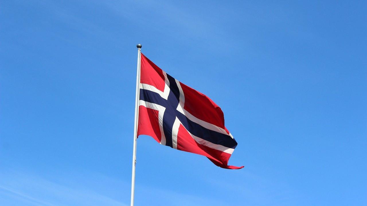 flag-3130435_1280